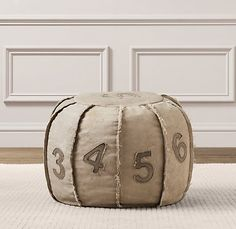 number pouf