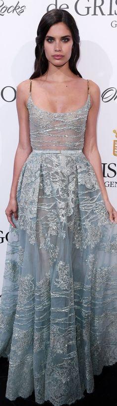 Sara Sampaio - Cannes 2017