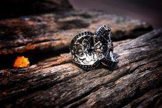 PAKIN:Silver Cross Baroque Ring 2,925 Sterling silver. www.guruwan.com/shops/pakin.html #pakin #pakinsince2012 #modern #antique #gothic #baroque #warrior #knight #cross #lord #hobbit #men #lady #gay #model #fashion #metrosexual #style #unique #medieval IG@pakinsince2012
