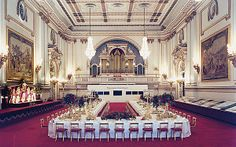Dinner fit for a Queen: The secrets of Buckingham Palace's Royal receptions Palais De Buckingham, Buckingham Palace London, Royal Gossip, Royal Room, Palace Interior, Throne Room, Royal Residence, Royal Life, Windsor Castle