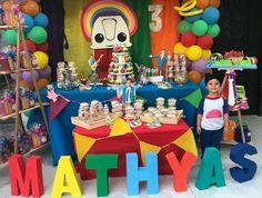 Fiesta junior expresa #party #letrascarton #marcodeglobos Junior Express, Ideas Para Fiestas, Baby Shark, Baby Party, Barbie, Birthday, Irene, Birthday Invitations, Themed Parties
