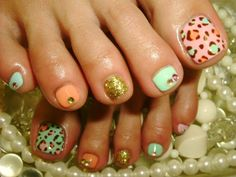 Fun holiday pedicure - perfect for the beach.