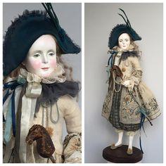"""""""Лошадка"""" #кукла #paperclay #doll  Все та же старинная антикварная тряпочка. И ах этот изумрудный, сине-зеленый необъяснимый цвет шапки. Камеры его не видят, увы. В качестве лошади старый престарый шахматный конь. Один ускакал лет 8 назад. И этот дождался."""