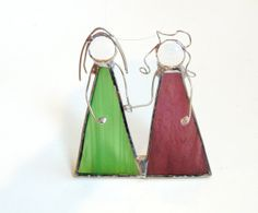 Best friends suncatcher stained glass green orchid purple holding hands BFF sisters mom and me ornament