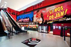 ¿Grabarás un comercial y no tienes locación? Renta el Teatro Banamex y aprovecha al máximo todas sus instalaciones. Para más información, escribe a teatrobanamexsantafe@mejorteatro.com.mx