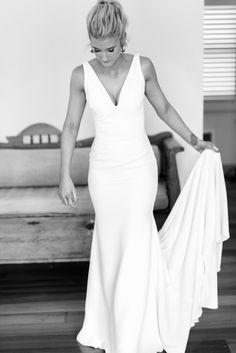 Plain Wedding Dress, Crepe Wedding Dress, Backless Wedding, White Wedding Dresses, Bridal Dresses, Wedding Gowns, V Neck Fit And Flare Wedding Dress, Backless Mermaid Wedding Dresses, Custom Dresses
