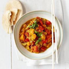 This tasty sweet chunky chicken curry thickens up nicely with the addition of tomato paste. Serve with warm naan and wedges of lime. Photo by Jeff Coulson. Yummy Chicken Recipes, Yum Yum Chicken, Hottest Curry, Fish Curry, Curry Recipes, Goan Recipes, Main Meals, Quick Easy Meals, Good Food