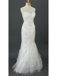 Retro Strapless Ivory Beaded Tulle Sweetheart Style Mermaid Hem Wedding Gown