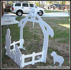 How to make wood nativity scene (broken link but pic helps see how to make it without a pattern) Christmas Yard Art, Christmas Wood Crafts, Christmas Nativity, Outdoor Christmas Decorations, Christmas Projects, Christmas Lights, Christmas Holidays, Christmas Ornaments, Outdoor Nativity Scene