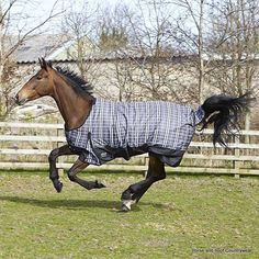 Elico Snowdon Check Turnout Rug - Black Grey White Check This well-shaped rug has been especially designed by Elico and is ideal for use in the