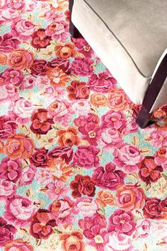 #DashAndAlbert Bed Of Roses Wool Micro Hooked Rug  So EXCITED to have this now! :) Love it!