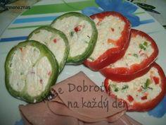 Plněná paprika na studené pohoštění Avocado Egg, Eggs, Breakfast, Food, Red Peppers, Morning Coffee, Essen, Egg, Meals