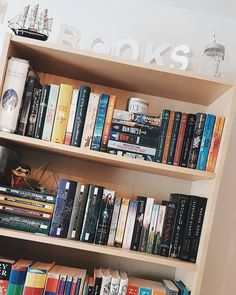 """161 Likes, 2 Comments - Wilma (@fictivepages) on Instagram: """"Today's a shelfie day! ☄❤"""""""