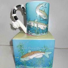 Catfish large glazed ceramic coffee mug with rod and reel handle – Frankart Deco Design  #catfish #bayou #coffeemug #cajuncooking #angler