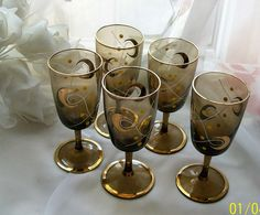 Retro wine glasses retro barware  liquor glasses  by NewtoUVintage