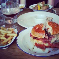 Best burger in Brighton - New Club Dirty Burger