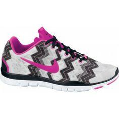 Ik vond dit op Beslist.nl: Nike Free Trainer Fit 3 PRT Dames Trainingsschoen EU 38,5 US7,5 pink}