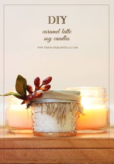 DIY Caramel Latte Soy Candles / Tidewater and Tulle Candle Wedding Favors, Candle Favors, Fall Candles, Diy Candles, Candle Making Business, Caramel Latte, Candle Containers, Diy Wedding Projects, Diy Projects