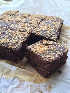 Choco banana bread without eggs Banana Bread Without Eggs, Best Banana Bread, Banana Bread Recipes, Brownie Recipes, Vegan Sweets, Healthy Sweets, Healthy Baking, Sweet Breakfast, Breakfast Dessert