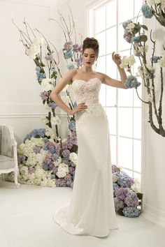 Wedding Dress | Simple Wedding Dresses Online | Wedding Gown | Sweetheart Wedding Dress | Modern Wedding Dress  This delicate lace wedding dress with