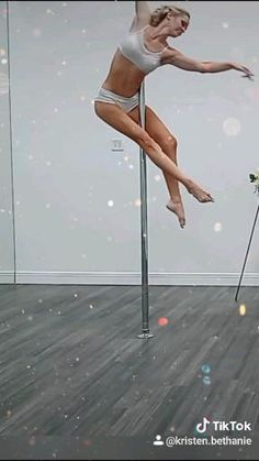 Pole Fitness Moves, Pole Dance Moves, Pole Dancing Fitness, Sport Fitness, Pole Dancing Quotes, Pool Dance, Costume Wings, Pole Dance Wear, Rock And Roll Fashion