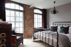Industrial London Loft Apartment by Olivier Burns