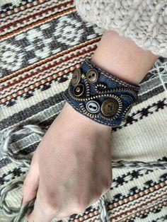 Denim Bracelet, Zipper Bracelet, Zipper Jewelry, Fabric Jewelry, Boho Jewelry, Jewelry Crafts, Jewelery, Handmade Jewelry, Zipper Crafts