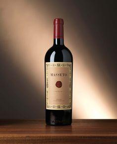MASSETO 2010, soli 7 ettari per una delle più grandi espressioni di Merlot del mondo - Vini di Sardegna e Cantine - Le Strade del Vino