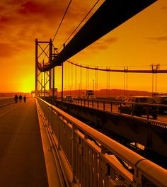forth road bridge as the sun goes down #sunset #scotland