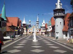 A Republica de Los Niños, na Argentina, reproduz uma cidade inteira em miniatura