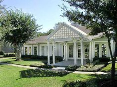 Central Park Regency offers one and two bedroom apartments for rent in Cypress, Texas.