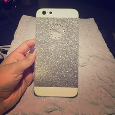 Sparkly iphone 6 plus case Beautiful eye catching sparkly phone case for iphone 6 plus ! Never used before make me offers ! Wet Seal Accessories Phone Cases