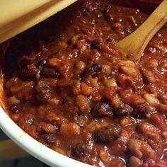 本日お誕生日の小鍋さんへ贈ります✨✨ いつも美味しそうな本場の豆料理をUPしている小鍋さんへ、私からチリコンカンを捧げます カルネの代わりに生ハムjamon…