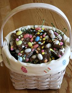 Easy 3-ingredient Easter Candy Bark