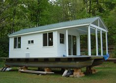 extremely simple pontoon house boat