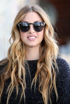 Whitney Ports awesome sunnies. Love the hair too