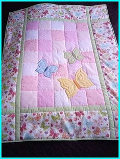 Owl Baby Quilts, Baby Quilts Easy, Baby Quilts To Make, Baby Patchwork Quilt, Handmade Baby Quilts, Quilt Baby, Baby Quilts For Boys, Baby Quilt Panels, Baby Quilt Size