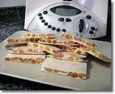 TURRÓN DURO (o de Alicante) THERMOMIX Craving Sweets, Spanish Food, I Foods, Tapas, Cravings, Waffles, Alicante, Yummy Food, Baking