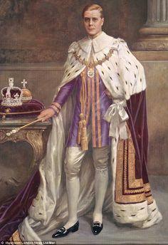 Edward VIII portrayed in royal robes never worn for a coronation that never was. Edward Viii, George Vi, Reine Victoria, Queen Victoria, List Of British Monarchs, Elisabeth Ii, Isabel Ii, Queen Mother, Herzog