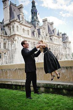 Beautiful destination wedding location in Paris. Photography by rochellecheever.com