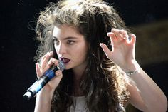 Lorde delivered one of the best sets at Coachella Day 2.