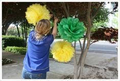 Easy Tissue Paper Pom Poms diy crafts easy crafts diy ideas diy home easy diy for the home crafty decor home ideas diy decorations