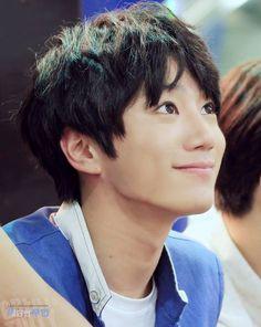 Asdafasdsas so adorable~ Jun // UKISS Ukiss Kpop, U Kiss, Kim Kibum, Be My Baby, Kpop Boy, Bigbang, Superstar, Kdrama, Idol