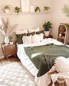 Bedroom Green, Room Ideas Bedroom, Bedroom Wall, Master Bedroom, Bedroom Inspo, Diy Bedroom, Earthy Bedroom, Bedroom Designs, Natural Bedroom