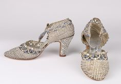 A pair of dazzling rhinestone encrusted dance shoes, late uppers formed from braided metal thread, entirely covered with sparkling clear and sapphire blue paste stones 1920s Shoes, Vintage Shoes, Vintage Outfits, Vintage Fashion, 1940s Fashion, Timeless Fashion, Vintage Dresses, Vintage Style, Sock Shoes