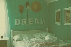 unmade beds are the best.