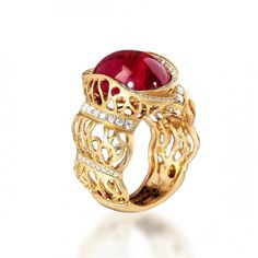 Ring of The Coral Reef collection, Yellow gold 750, Tourmaline rubellite 11,07 ct., Diamonds by Mousson Atelier.