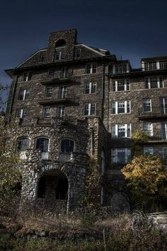 Buck Hill Falls Inn - Buck Hill Falls is a massive, 400+ room resort community in the Pocono Mountains of Northeastern Pennsylvania. After it's closure in 1991, the property has sat abandoned.