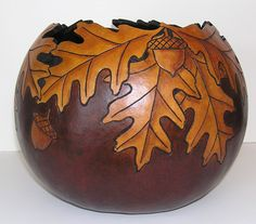 Oak leaf rimmed bowl