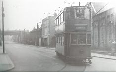 Tram 48 turning into Coldharbour Lane, Photo John H Meredith, 1951 South London, Brixton, Historical Photos, Old Houses, Roads, Old Photos, Denmark, Turning